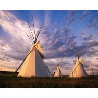 sioux-teepee-at-sunset-south-dakota_1280x1024_71312